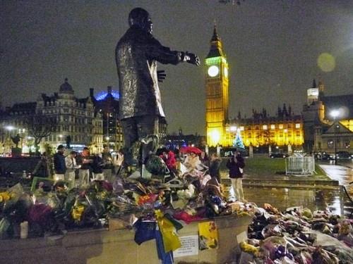 parliament-statue