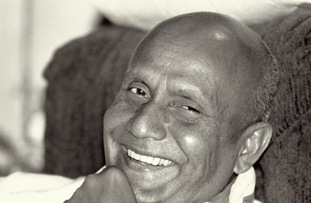 Sri Chinmoy photo by Unmesh