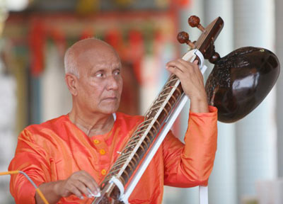 sitar-sri-chinmoy